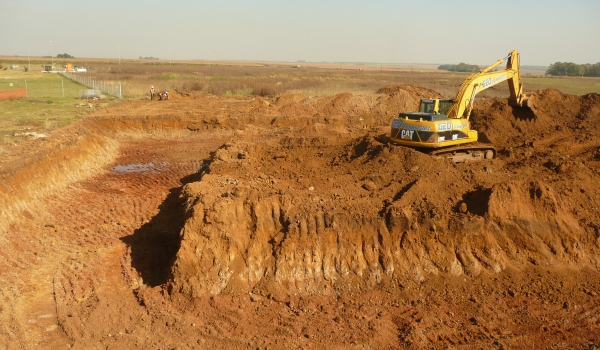 Civil works, earth dam construction Hydrex Earth dam excavation and civil works