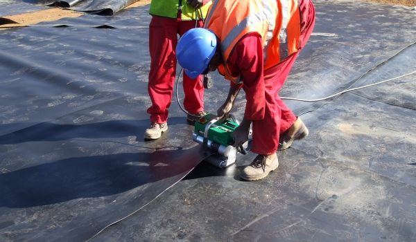 Hydrex - Lining of dam and welding of HDPE material