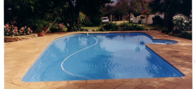 Hydrex - Pool with 15 year lifer span on liner